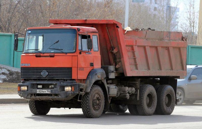 Урал-63685 фото