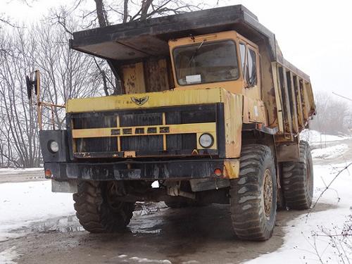 Карьерный самосвал БелАЗ-540: особенности и главные параметры