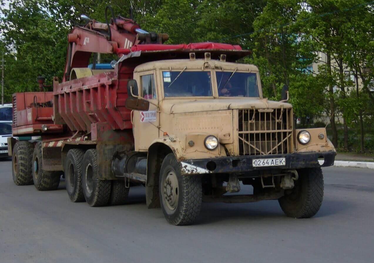 Грузовой автомобиль КрАЗ-256