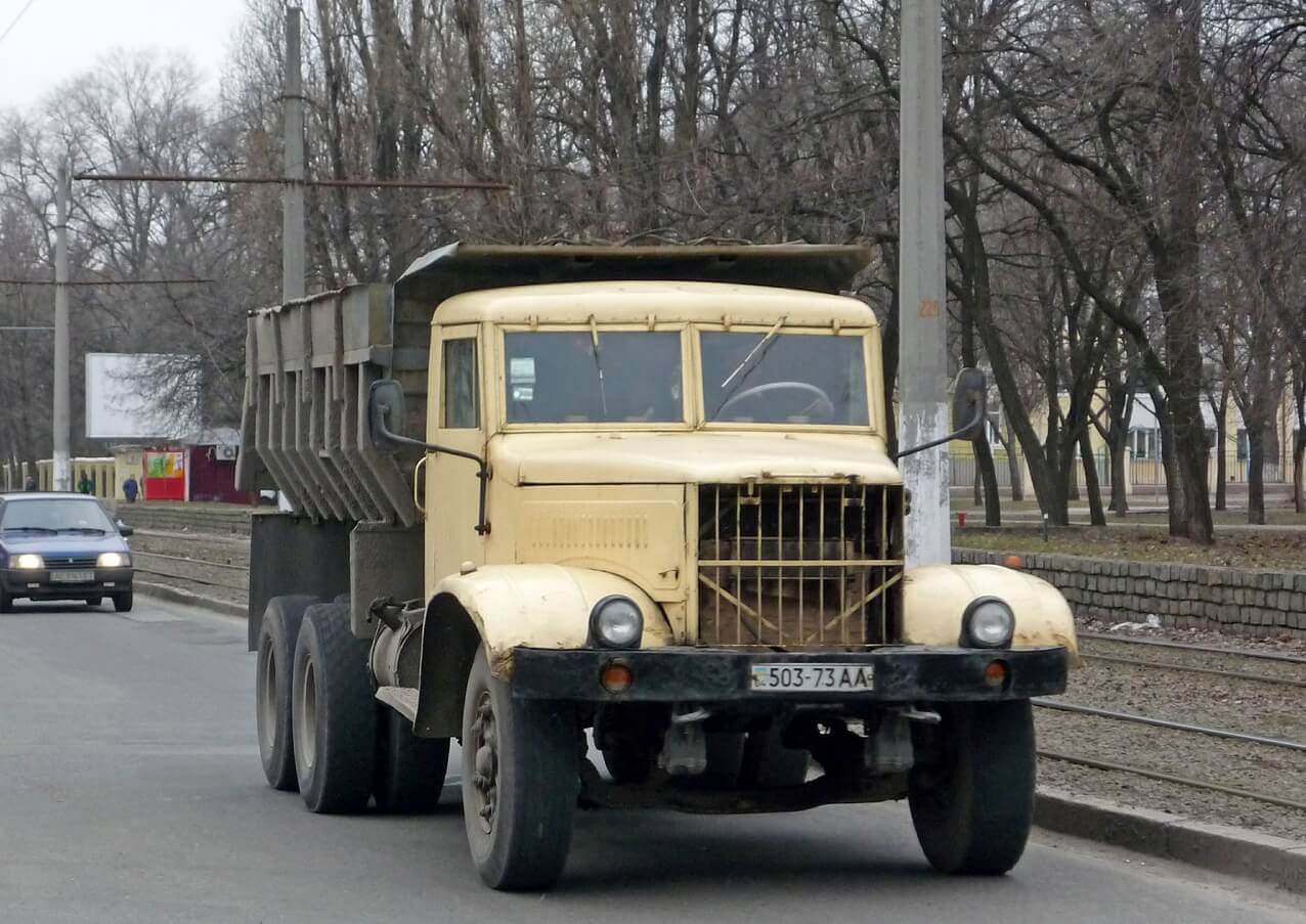 Вид спереди КрАЗ-256
