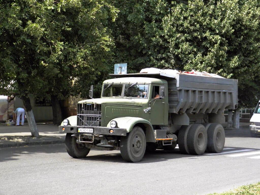 Груженый Kraz-256