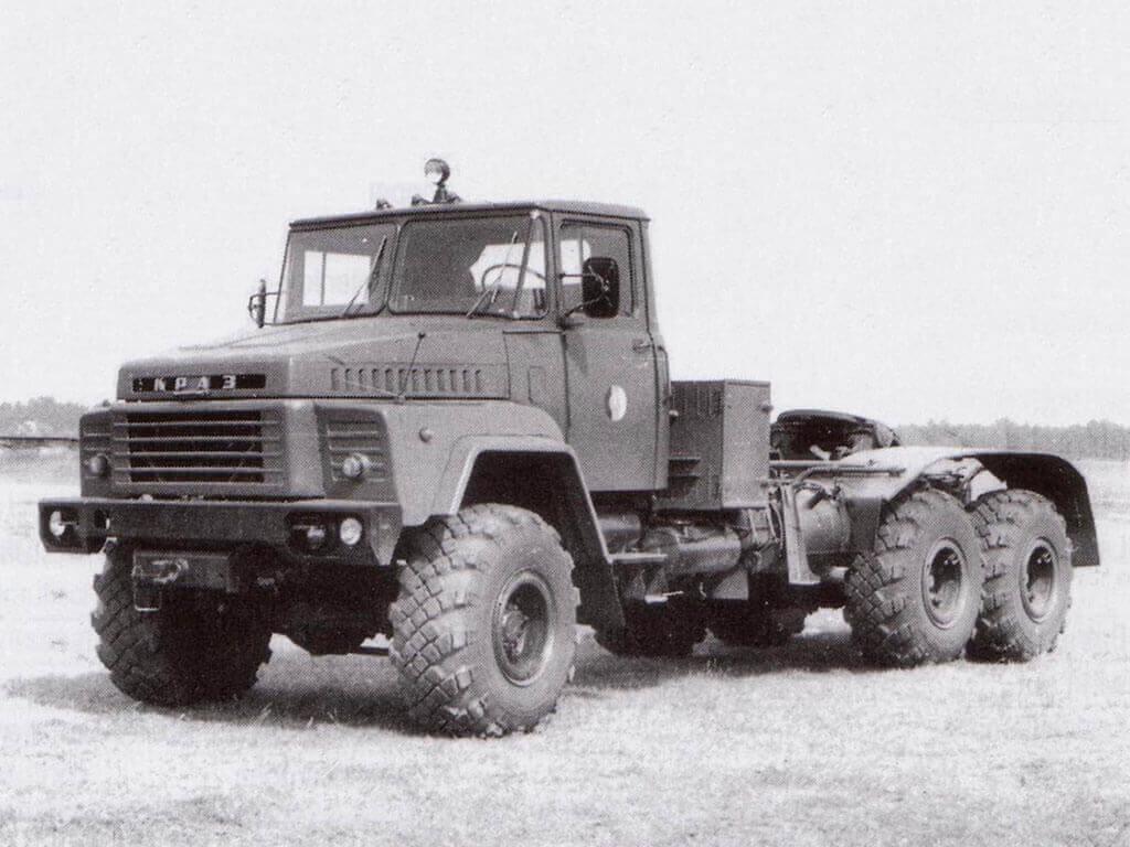 Седельным тягач Kraz-260