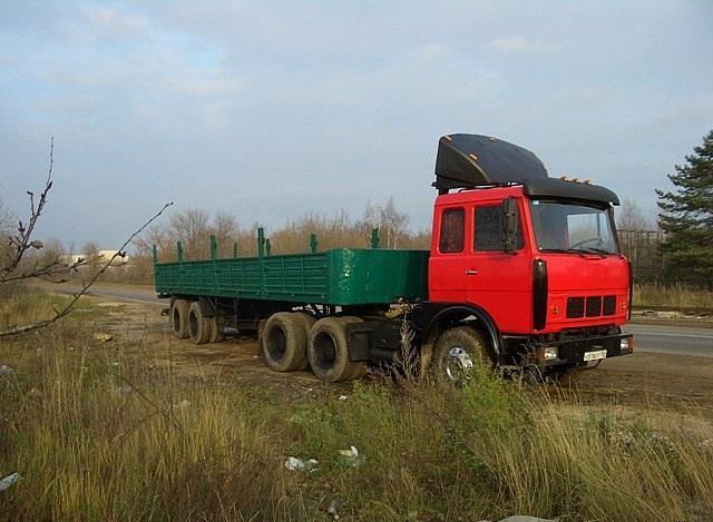 лесовоз МАЗ 64229 модели
