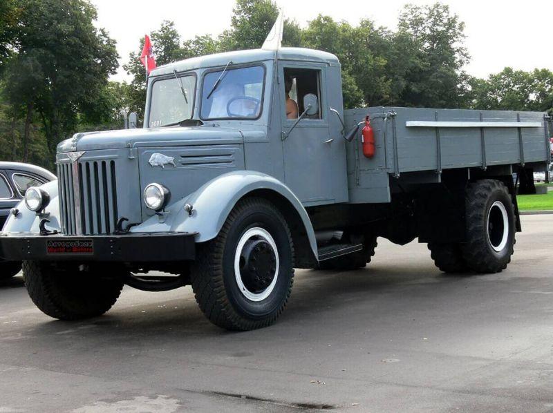 МАЗ-200 авто