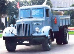 Авто МАЗ-200