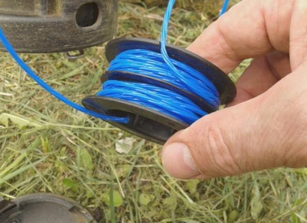 как правильно намотать леску на катушку бензокосы