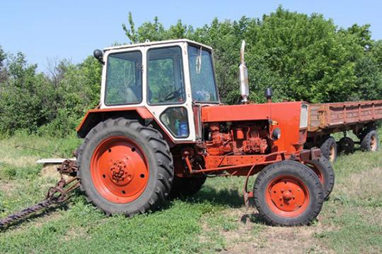 На базе трактора ЮМЗ-6 создано четыре различные модификации