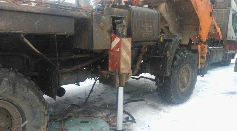 Камаз с неработающей педалью газа