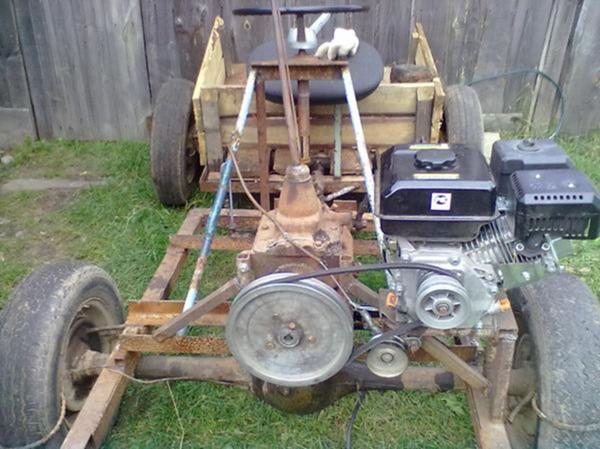 Установка двигателя для трактора